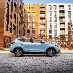 MG Suplai 100 Mobil Listrik Gratis untuk NHS Perangi Corona
