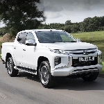 "Mitsubishi L200 Sabet Gelar ""Best Pickup"" Business Van Awards 2020"