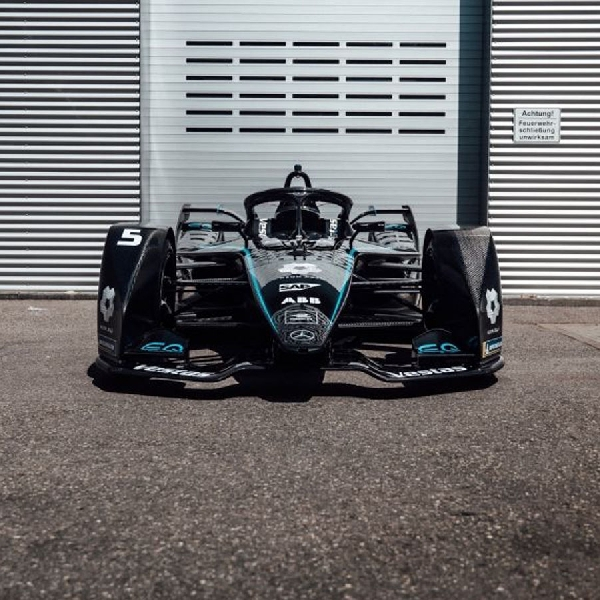 Tim Formula E Mercedes-Benz EQ Raih Penghargga Bintang Tiga Dari FIA