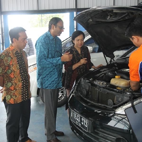 Pemilik Kendaraan Tata Motor Bisa di Service di Pebee Garage