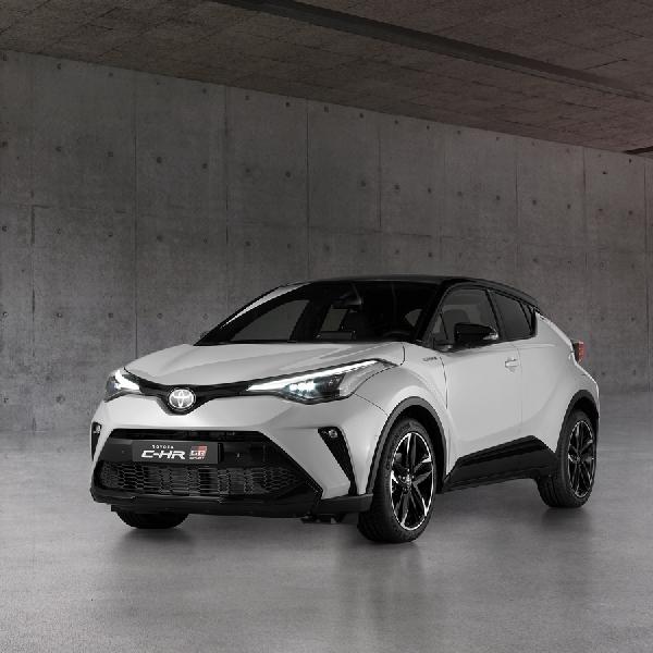 Toyota C-HR Hybrid GR Sport 2021 Mulai Dijual di Inggris