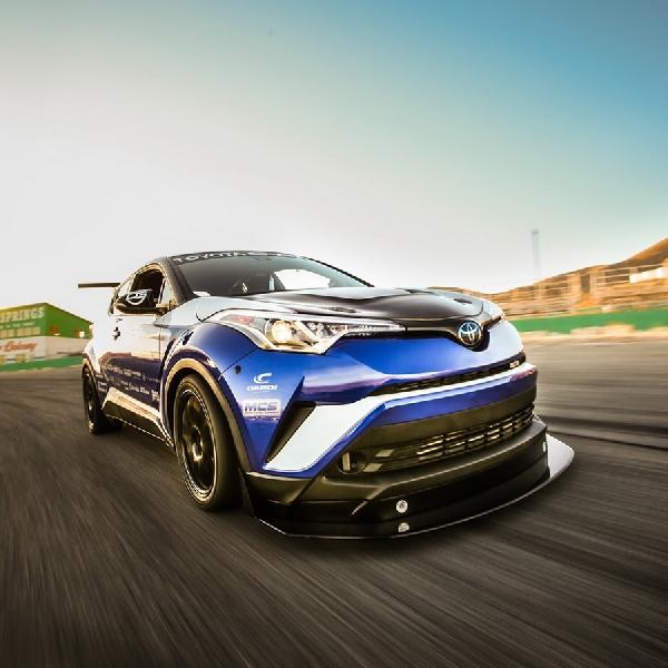 Toyota C-HR Lebih Kencang dua Kali Lipat dari Honda Civic Type R di Nurburgring