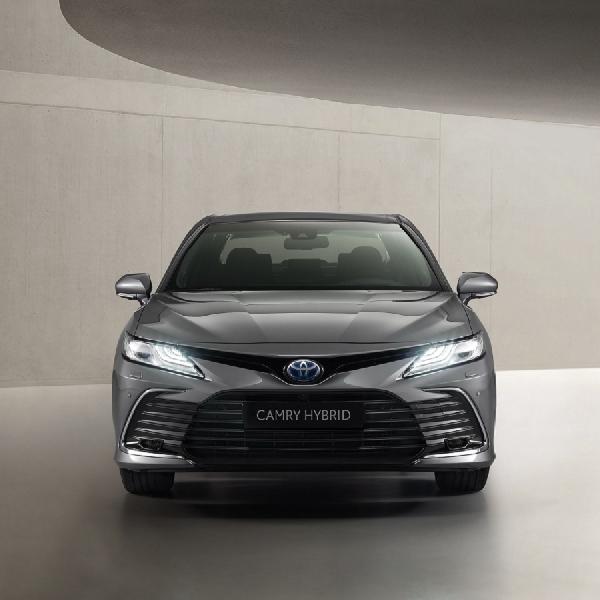 Toyota Camry Hybrid Eropa 2021 Hadir Dengan Tampilan Depan Baru