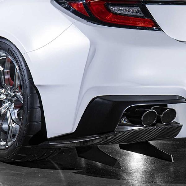 Toyota Tunjukkan Dua Cara Tuner GR 86 Mengaplikasikan Suku Cadang Gazoo Racing