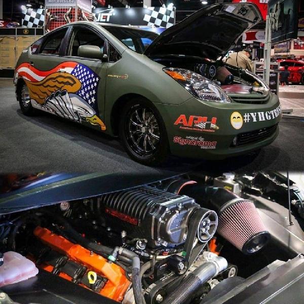 Toyota Prius Dicolok Mesin Hellcat V8, Berapa Tenaganya?