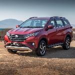 Luar Biasa! Toyota Rush dan Fortuner Buatan Indonesia Laris Manis di Luar Negeri