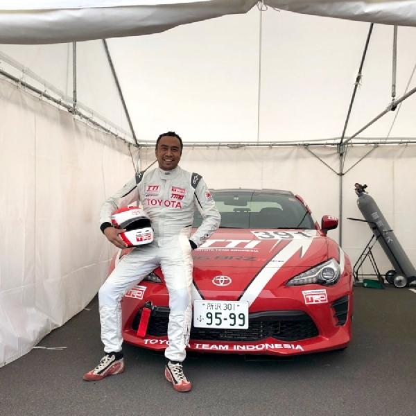 Dua Pembalap Toyota Indonesia Beradu Cepat di Fuji Speed Way
