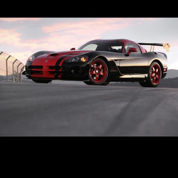 FCA Bangun Lima Model Dodge Viper dengan Warna yang unik