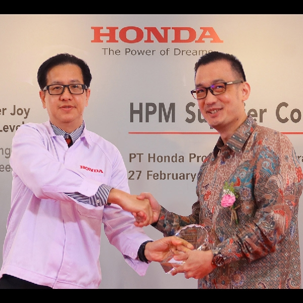 Bridgestone Raih Penghargaan Best CO2 Reduction di HPM Supplier Awards 2020