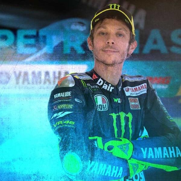 MotoGP: Valentino Rossi Rayakan Pergantian Tahun Dengan Tampilan Baru