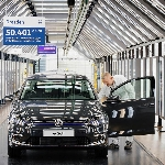 Volkswagen Hentikan Secara Resmi Produksi Kendaraan Listriknya