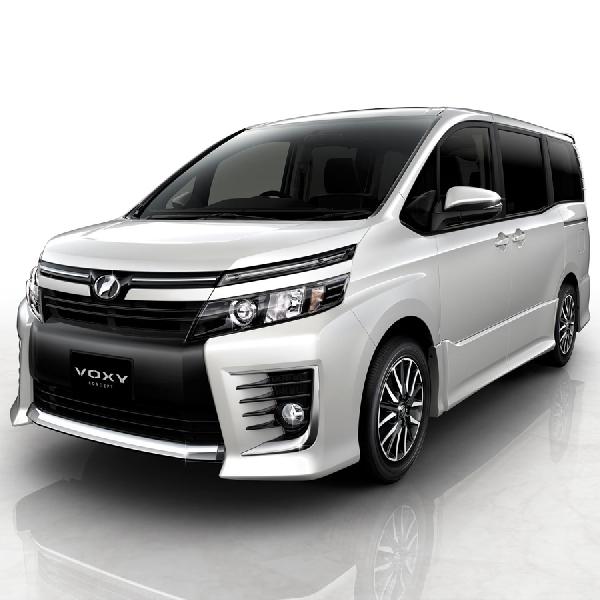 Toyota Voxy Tampil Perdana di GIIAS 2017 Surabaya