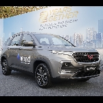 Wuling Almaz Meraih Gelar Car of the Year 2019