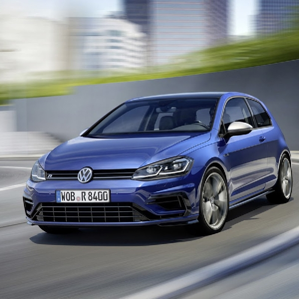 VW Golf R 2017 Bertenaga 306 HP