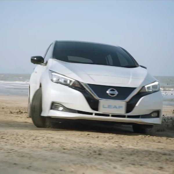 Nissan Leaf Adu Kecepatan Dengan Angin dan Api?