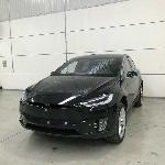 Tesla Model X Gunakan Keamanan Ini