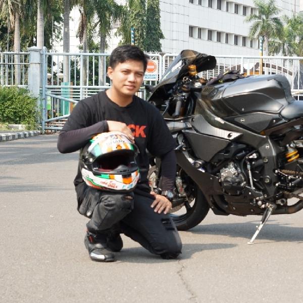 Yamaha R1 60th Anniversary, Jubah Karbon C2R Lebih Mewah dengan Spek WSBK