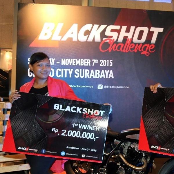 Lady Photographer Rebut Juara Pertama BlackSHOT Challenge POS 2015