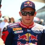 Dikaitkan Comeback ke MotoGP - Bradl Masih Fokus di WorldSBK