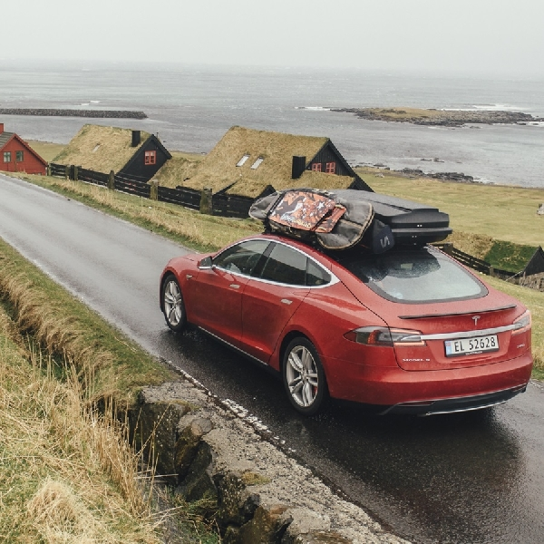 Tesla Percepat Produksi untuk Masuk Pasar Islandia