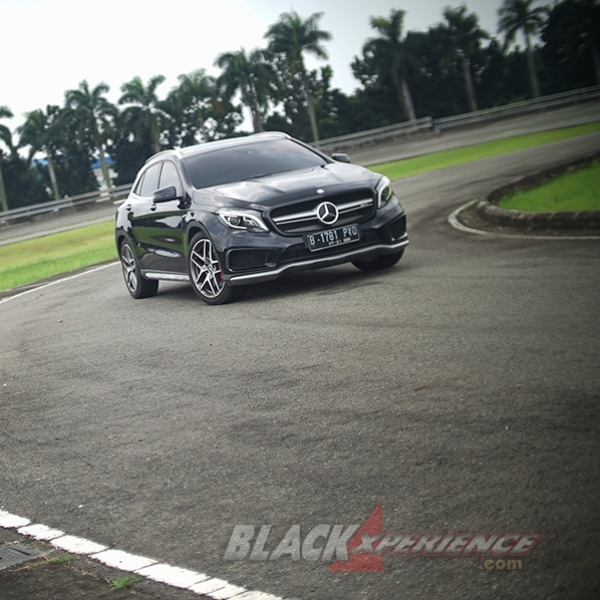 Mercedes AMG GLA 45 - High Performance Crossover