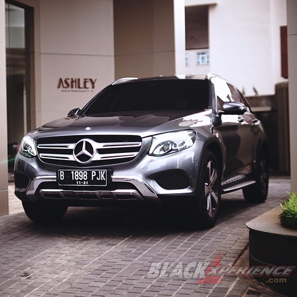 Auto Review - GLC 250 Exclusive Line - Luxurious Crossover SUV