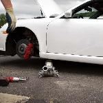 Cara Mengganti Bantalan Rem dan Rotor Mobil yang Tepat