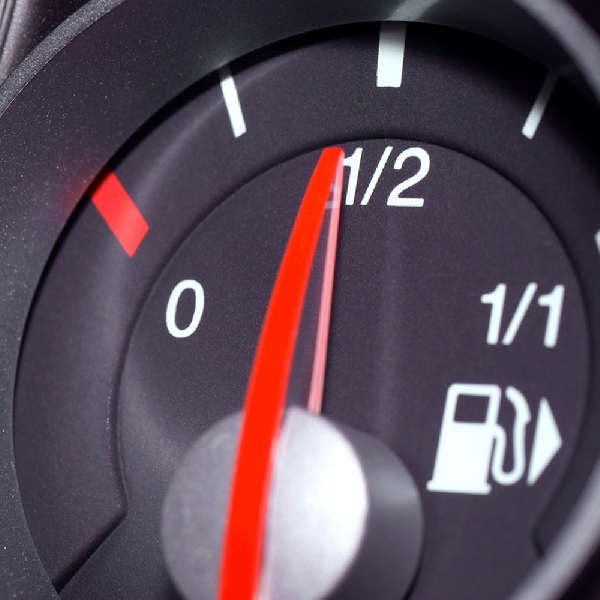 Jangan Biarkan Volume Tangki BBM Kurang dari Setengah Atau Seperempat