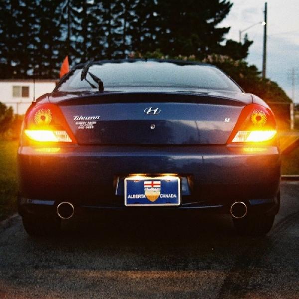 Hindari Penggunaan Lampu Hazard Saat Hendak Lurus dari Perempatan Jalan