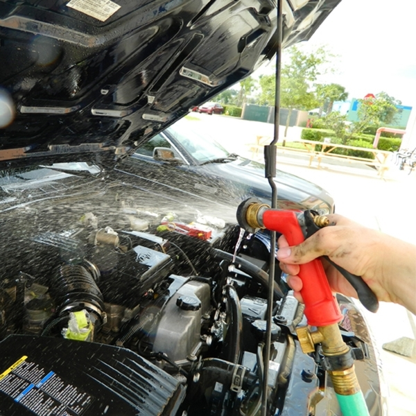 Pahami Hal Ini Sebelum Mencuci Mesin Mobil