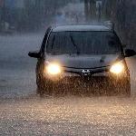 Lima Langkah Sigap Berkendara Saat Menerjang Banjir