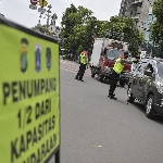 Terpaksa Keluar Rumah? Cermati Formasi Penumpang Mobil Saat PSBB