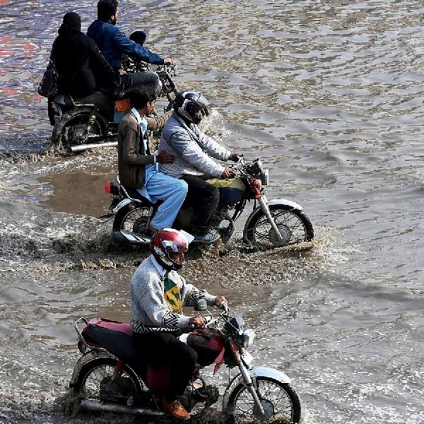 5 Komponen Motor yang Rentan Bermasalah Saat Musim Hujan