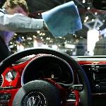 Tips Membersihkan Kaca Mobil Saat Musim Hujan
