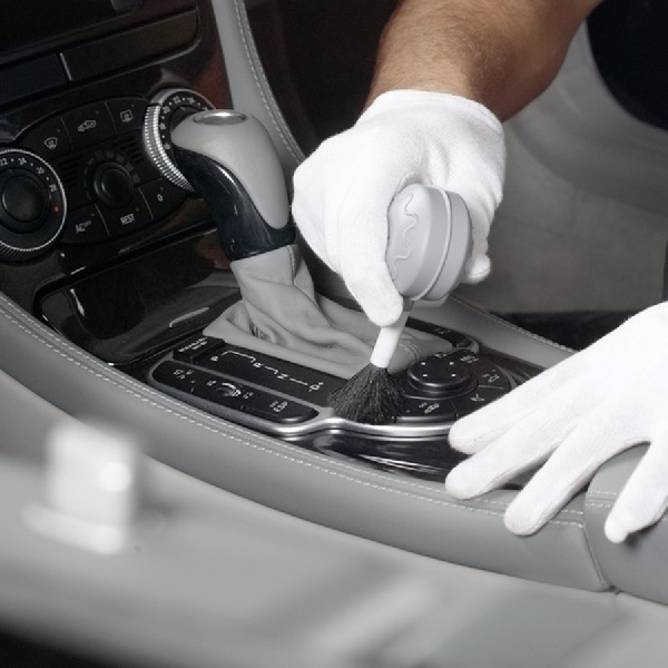 Membedakan Salon Mobil dan Auto Detailing