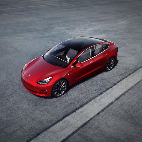 Viral Beli Mobil Tesla Online, Berikut 5 Tips Beli Mobil Bekas Online