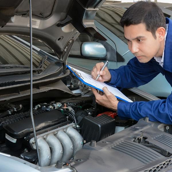 Work From Home Bukan Untuk Malas-Malasan, Nih 5 Langkah Mudah Melakukan Perawatan Mobil di Rumah