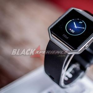 Fitbit Blaze Smart Fitness Watch - Tetap Fit Dan Gaya