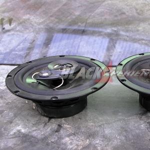 Peralatan audio untuk Mazda2 street racing