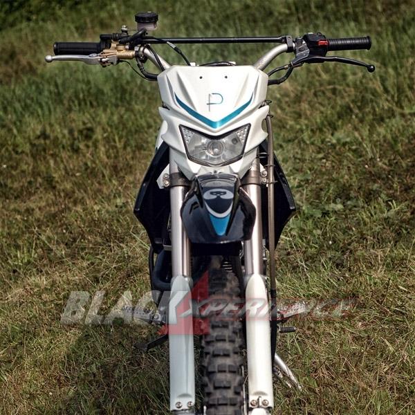 Modifikasi Trail Custom nan Kekar dan Elegan, Berbasis Scorpio 250 cc