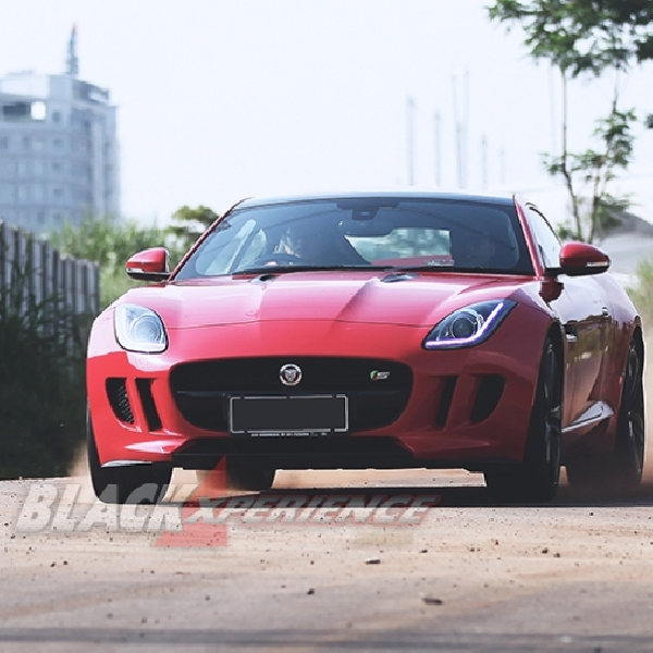 Jaguar F-Type S Coupe, The Perfect Instrumental of Speed