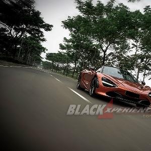 McLaren 720S - Peerless Supercar
