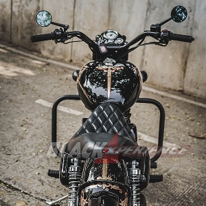 Modifikasi Royal Enfield,  Black Shine Bobber