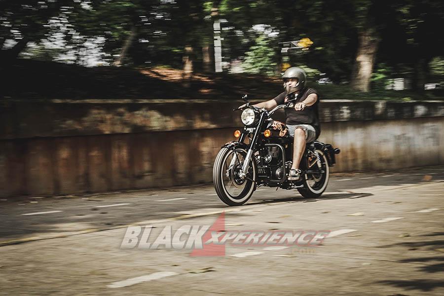 Modifikasi Royal Enfield,  Black Shine Bobber