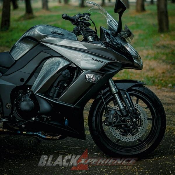 Kawasaki Ninja 1000 - Gentleman's Ninja