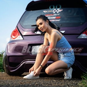 Carissa Heriyani, Incar Punya Civic Turbo dan Kongkow Bareng Anak Mobil