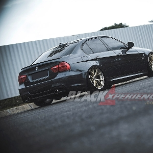 BMW 320i E90 - Head Turner