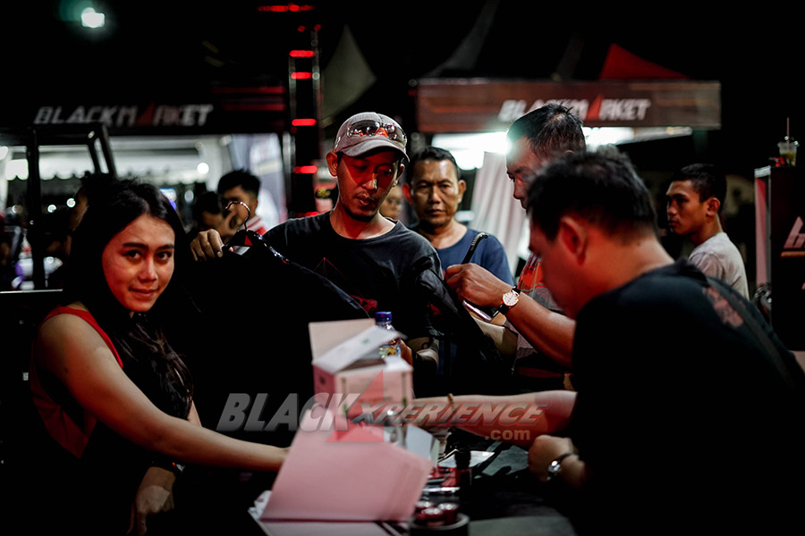 Entertainment and Games at BlackAuto Battle Solo 2018
