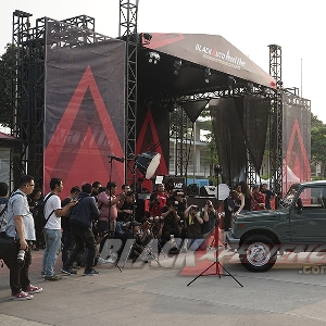Entertainment @ BlackAuto Battle WarmUp Jakarta 2019 Day 1