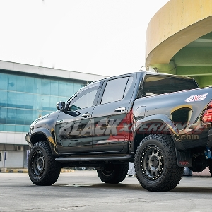 Modifikasi Toyota Hilux untuk Heavy Offroad
